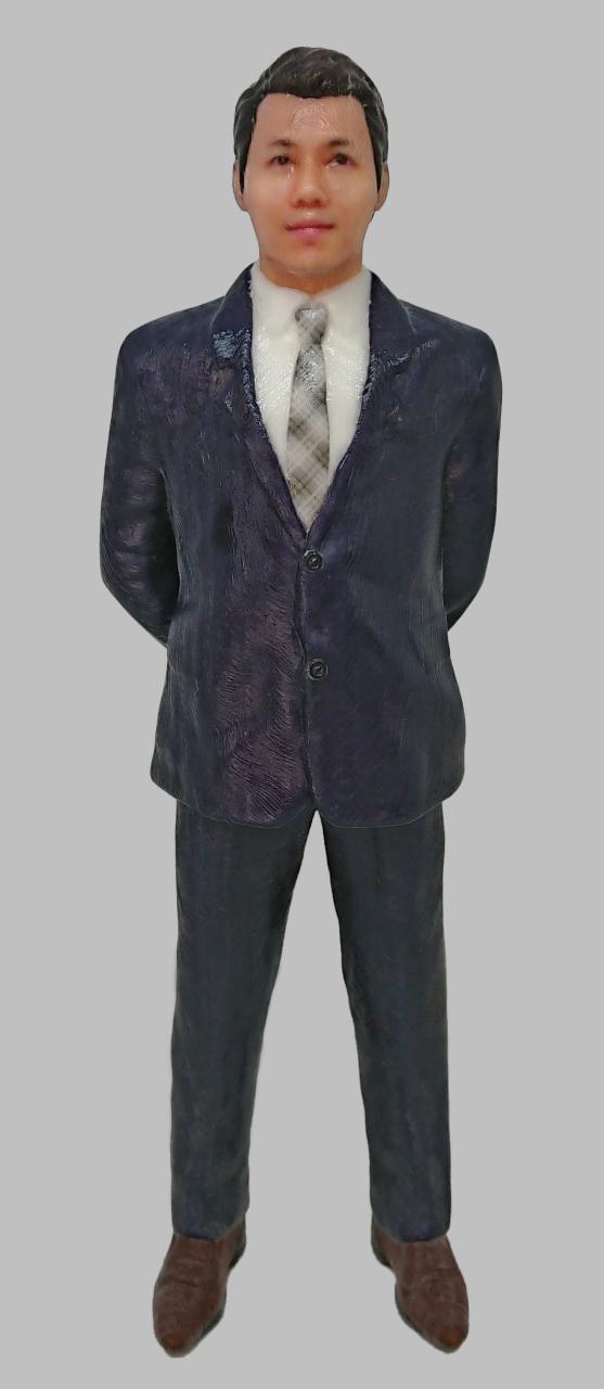 顔ハメ3Dフィギュア メメント「スーツ」